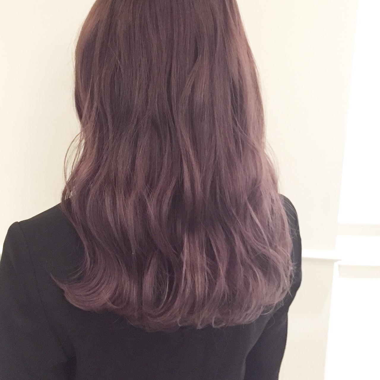 フェミニン ピンクアッシュ ラベンダー セミロング ヘアスタイルや髪型の写真・画像