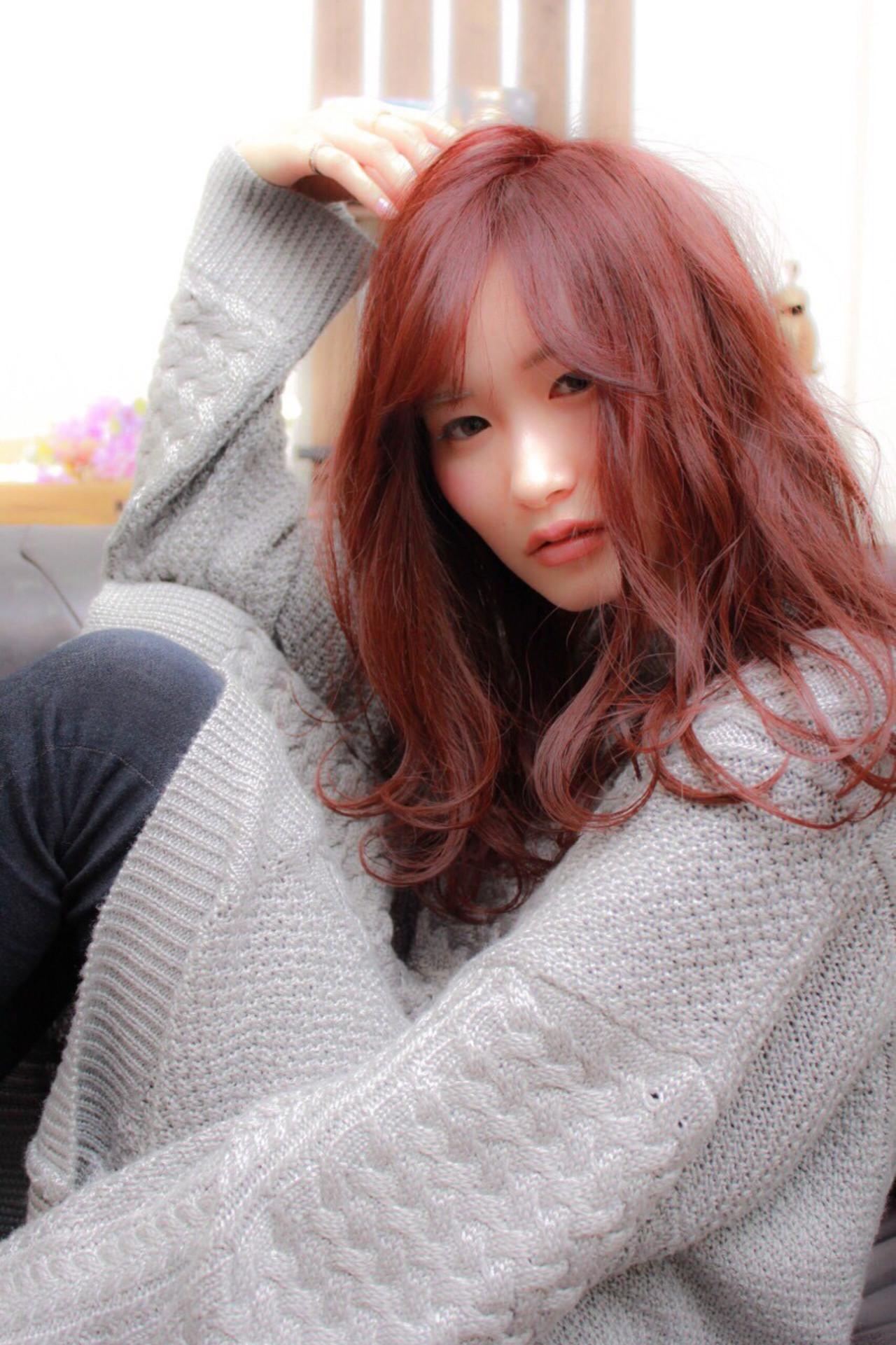 ベリーピンク ゆるふわ セミロング ヘアアレンジ ヘアスタイルや髪型の写真・画像