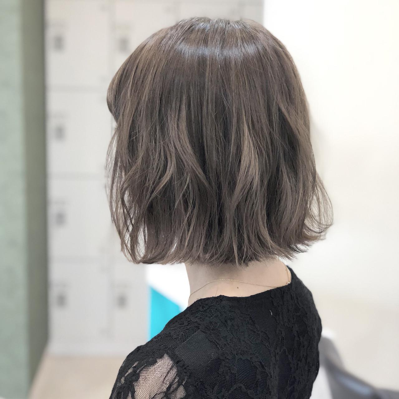 フェミニン ボブ 外国人風カラー ヘアアレンジ ヘアスタイルや髪型の写真・画像 | 古作 蓮 / 美容室 MICHI 富田店