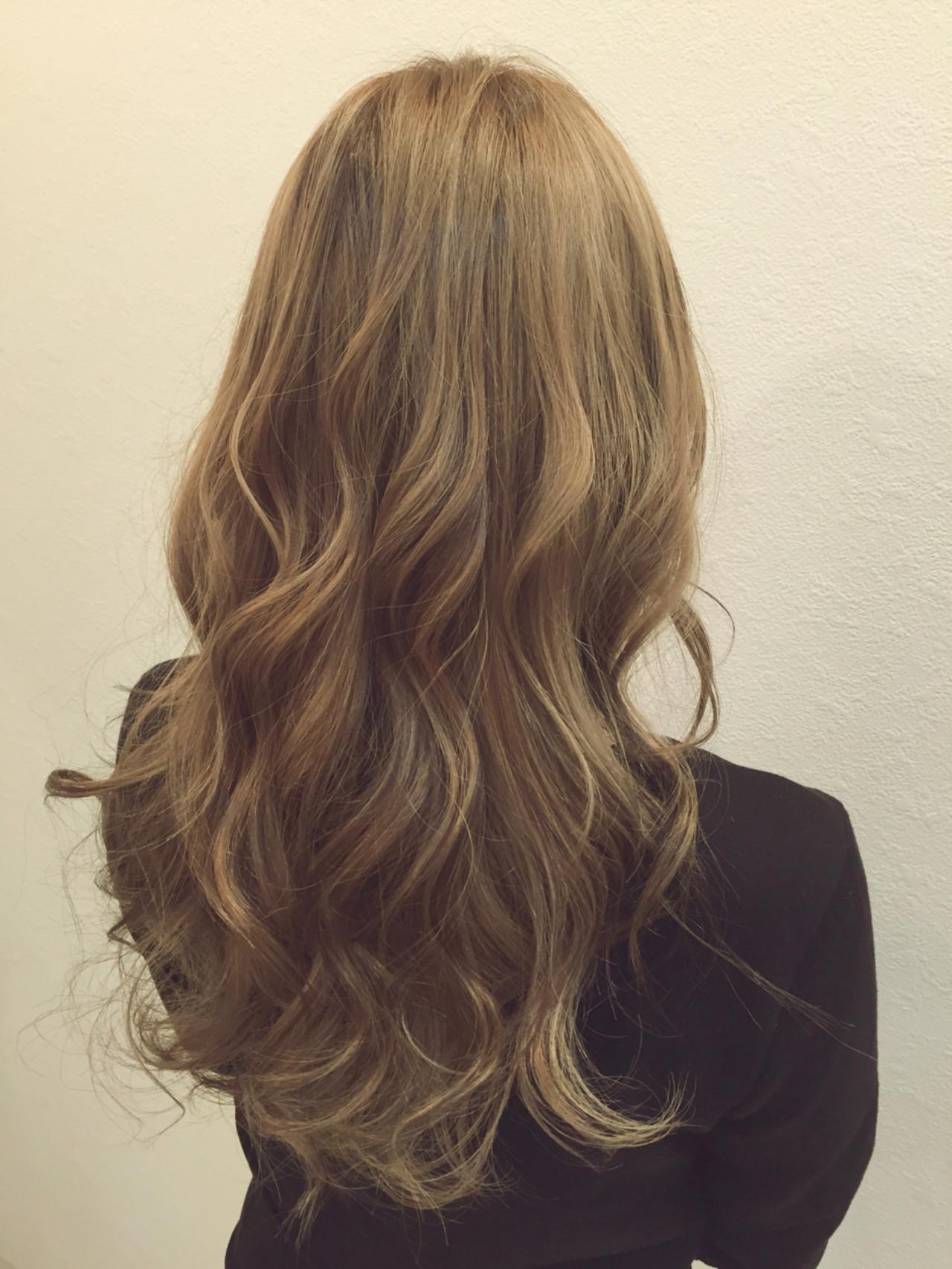 ストリート アッシュ ローライト ハイトーン ヘアスタイルや髪型の写真・画像 | kuro / hair salon I'LUNA