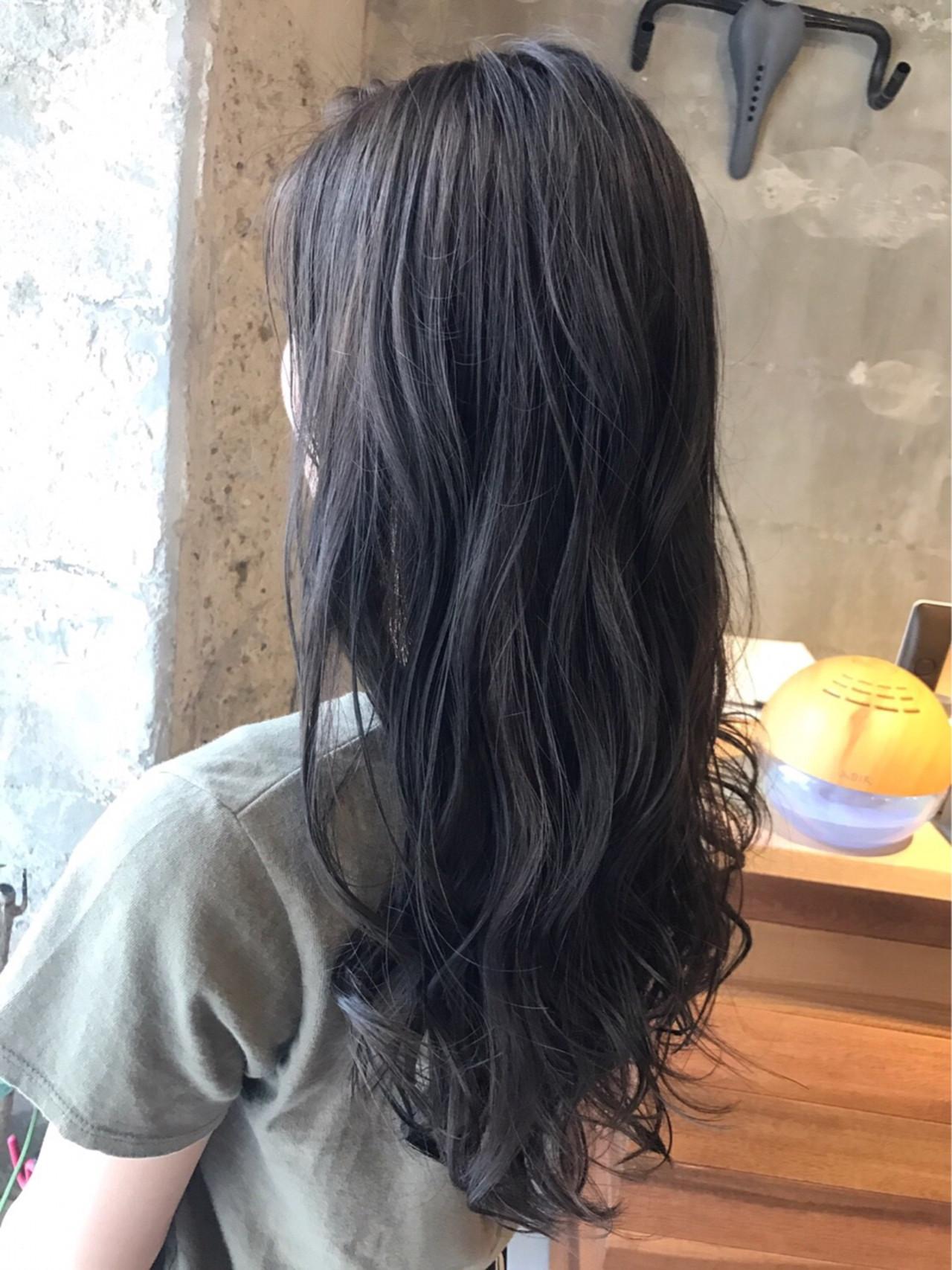 アッシュ ナチュラル 外国人風カラー ウェーブ ヘアスタイルや髪型の写真・画像   PEDAL / PEDAL