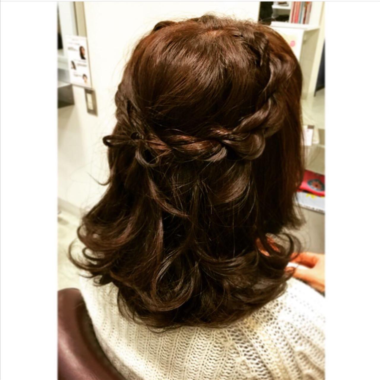 ミディアム ゆるふわ フェミニン ショート ヘアスタイルや髪型の写真・画像