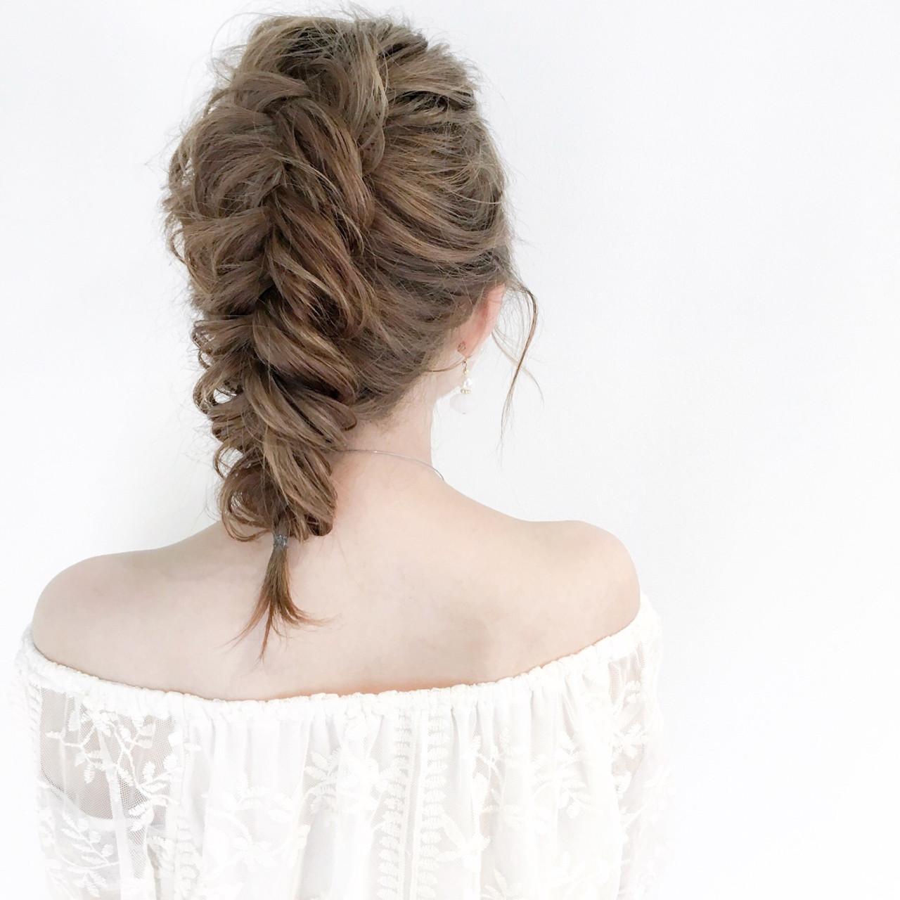 エレガント 上品 セミロング 編み込み ヘアスタイルや髪型の写真・画像