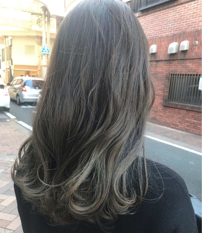 バレイヤージュ ロング 外国人風カラー ハイライト ヘアスタイルや髪型の写真・画像