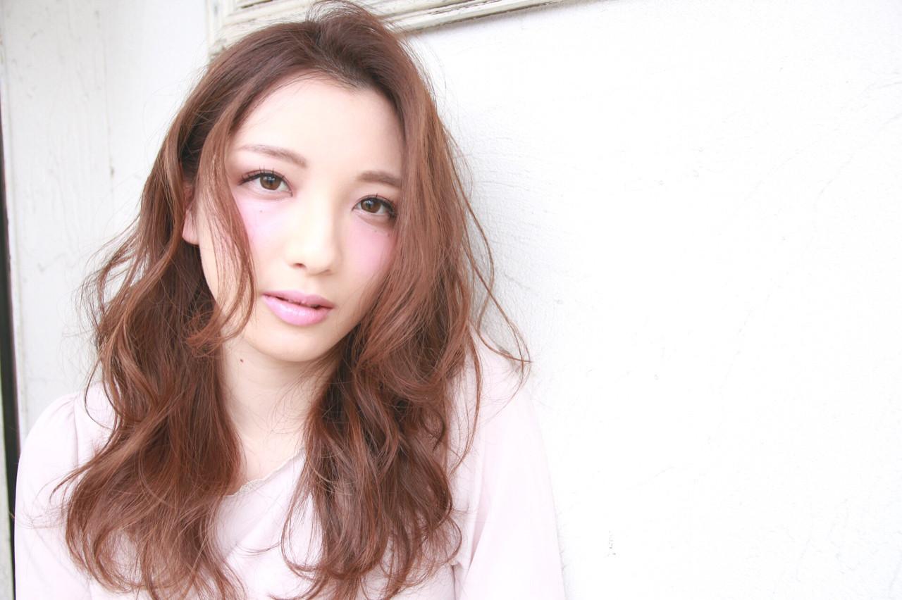 春 大人女子 ロング かき上げ前髪 ヘアスタイルや髪型の写真・画像