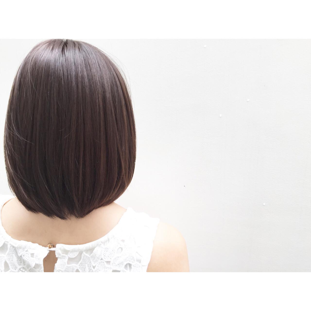 外国人風 フェミニン ボブ イルミナカラー ヘアスタイルや髪型の写真・画像   安達 優生 / U-REALM(ユーレルム)