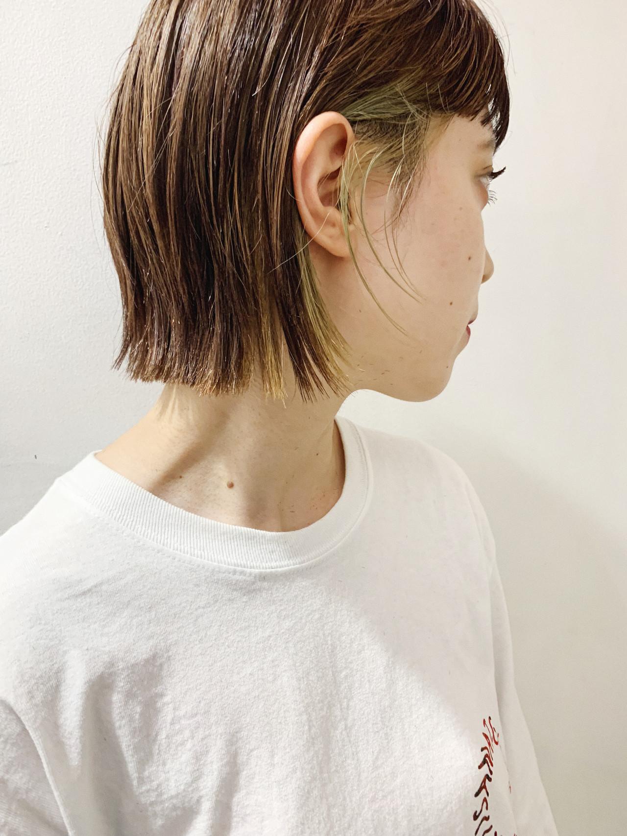 ショートボブ 切りっぱなしボブ インナーカラー ボブ ヘアスタイルや髪型の写真・画像 | 小林 明彦 / ROSSO下北沢