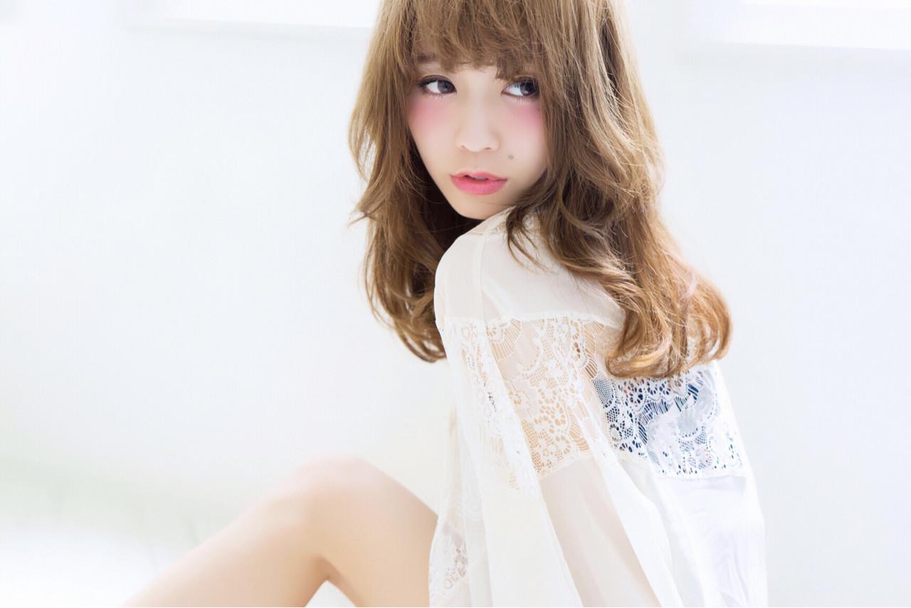 外国人風 ナチュラル 大人かわいい フェミニン ヘアスタイルや髪型の写真・画像