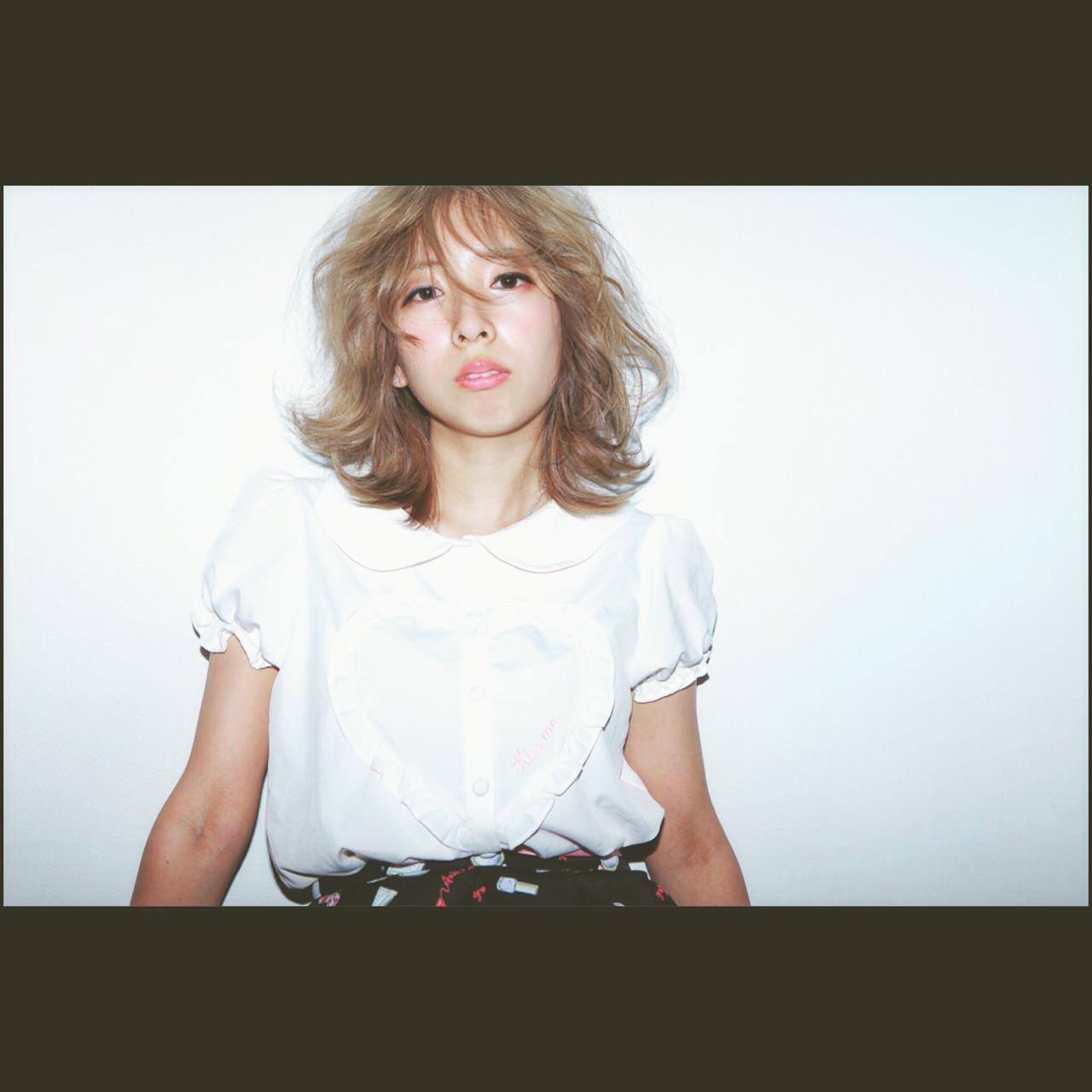 ストリート ピュア アッシュ フェミニン ヘアスタイルや髪型の写真・画像