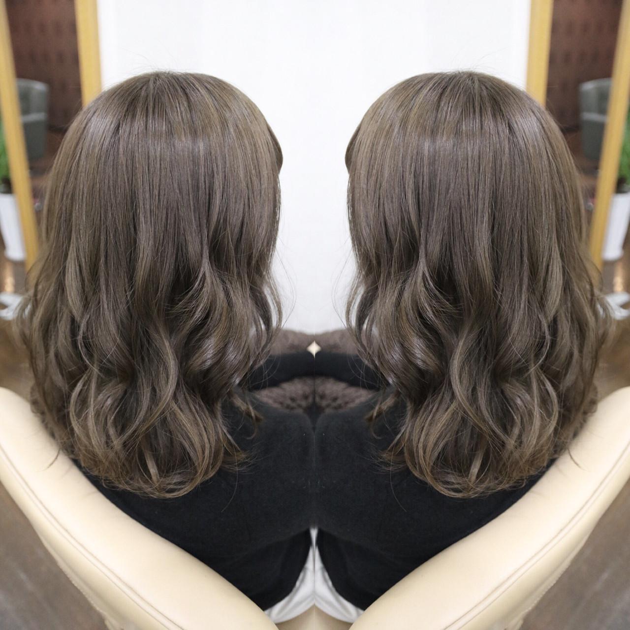 ニュアンス 大人女子 ミルクティー アッシュ ヘアスタイルや髪型の写真・画像