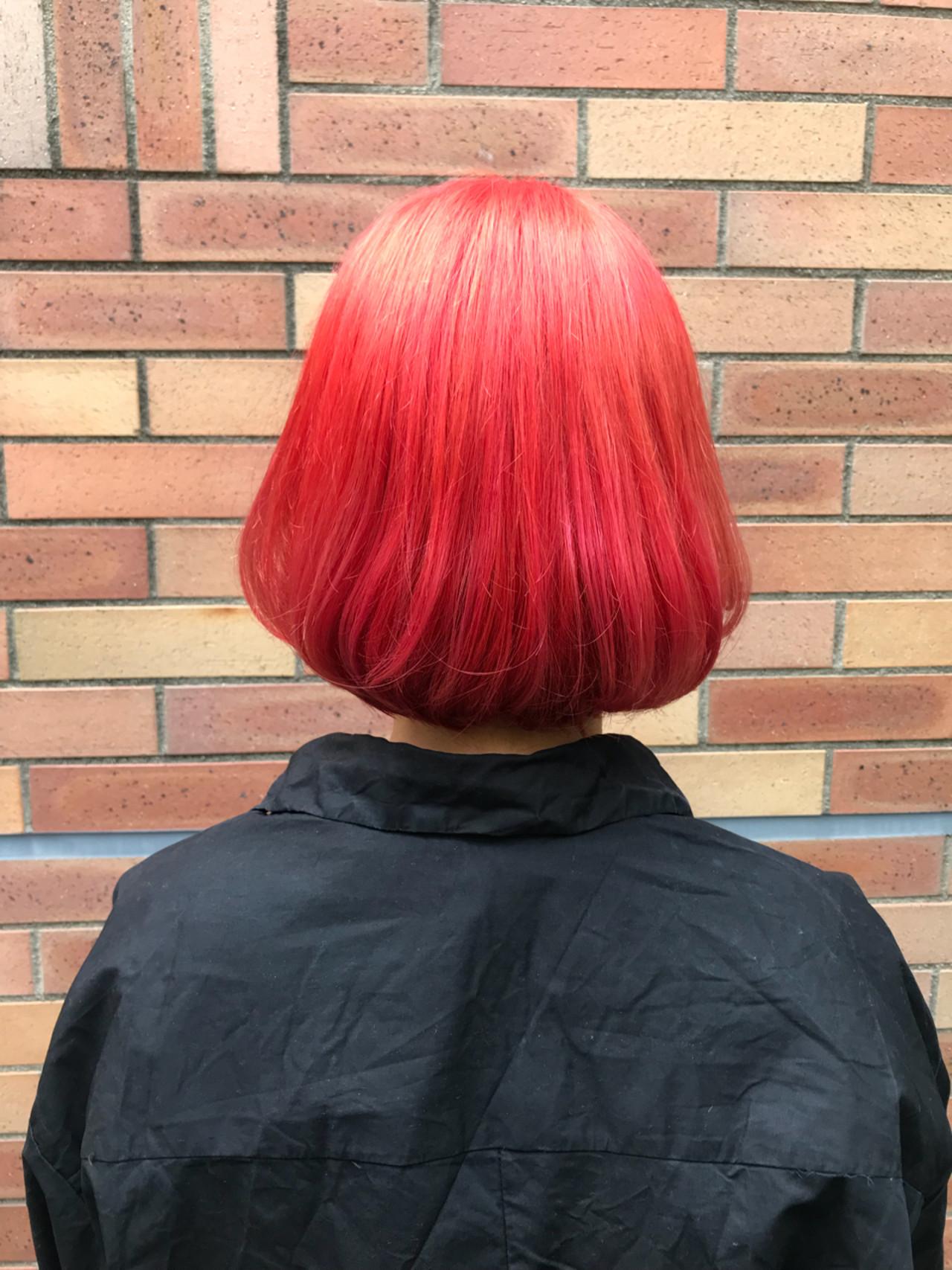 ブリーチ ダブルカラー レッド ガーリー ヘアスタイルや髪型の写真・画像 | Teppei / freelance