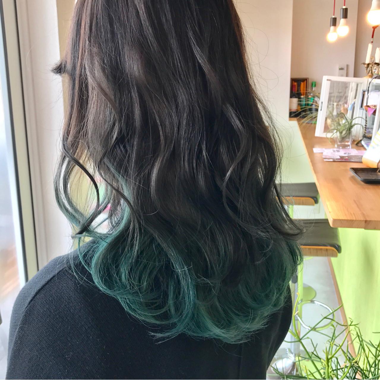 外国人風 ストリート インナーカラー ロング ヘアスタイルや髪型の写真・画像 | sowi 阿部 辰也 / sowi hair design ソーイ