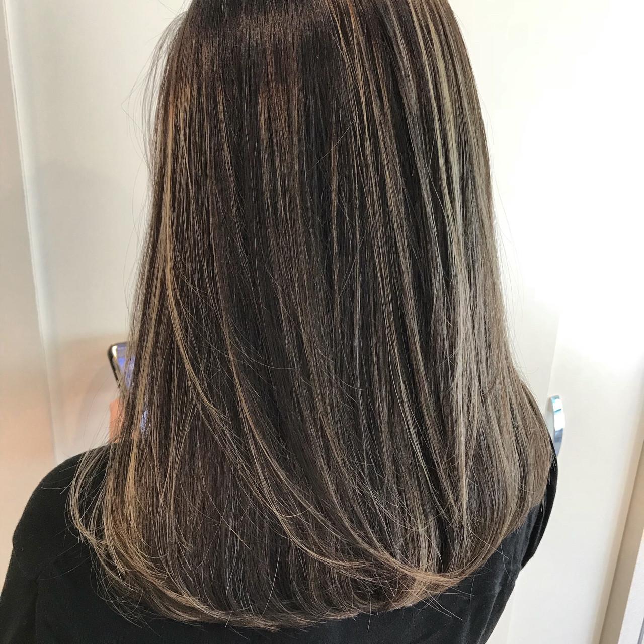 外国人風カラー ハイライト ヘアアレンジ ミディアム Hair Design Tea
