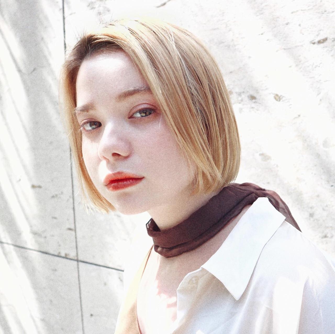 ベージュカラー ブリーチカラー ハイトーンカラー ミニボブ ヘアスタイルや髪型の写真・画像