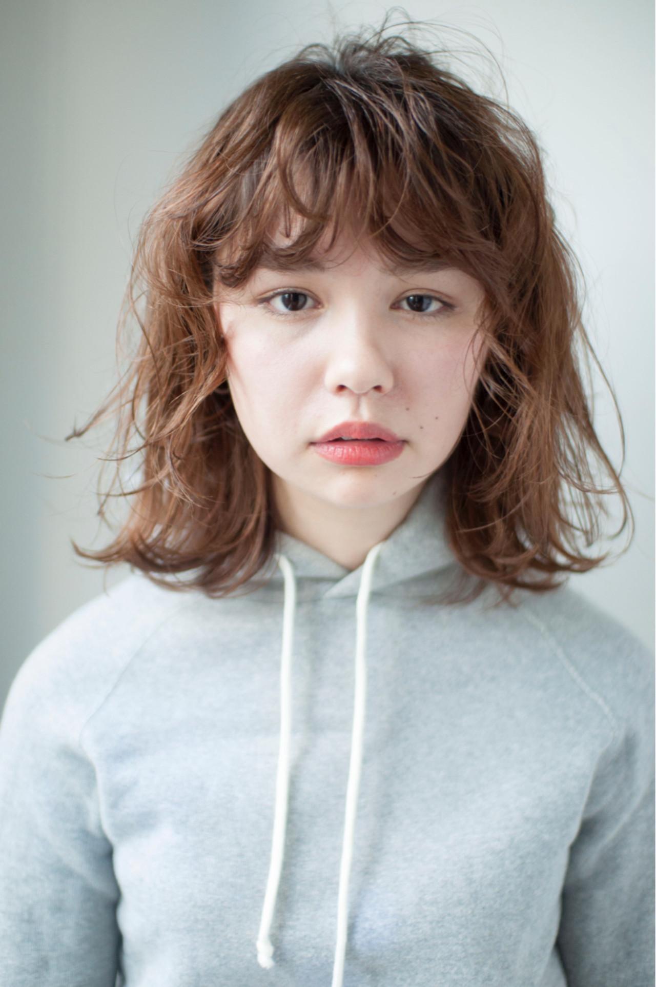 パーマ 切りっぱなし 外国人風 ナチュラル ヘアスタイルや髪型の写真・画像   YUKINA / HOMIE TOKYO / HOMIE TOKYO