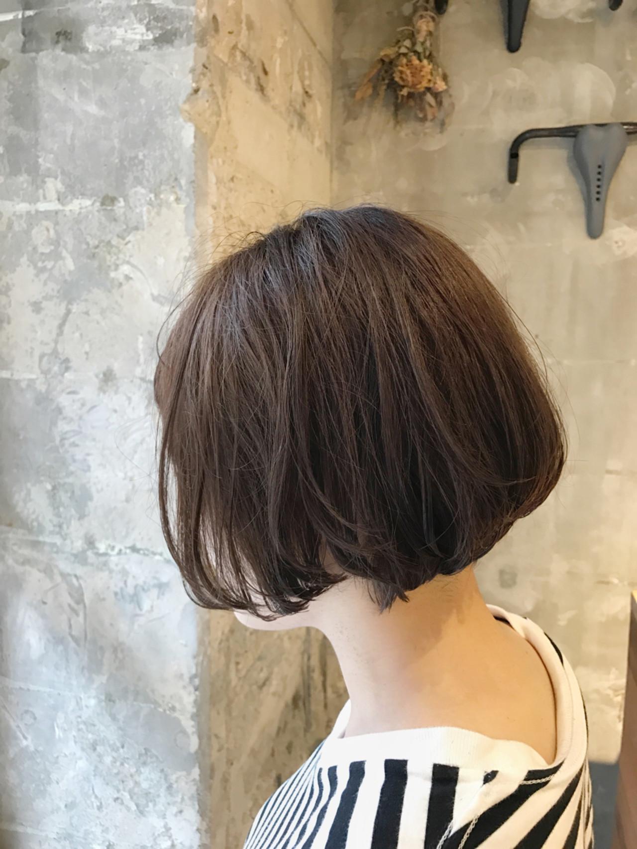 ウェーブ リラックス ナチュラル オフィス ヘアスタイルや髪型の写真・画像 | PEDAL / PEDAL