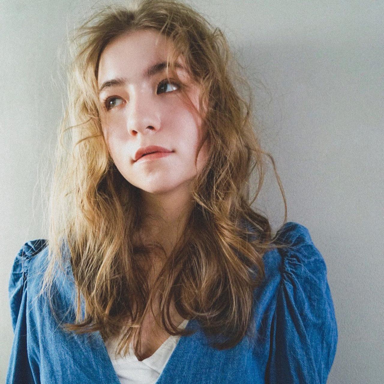外国人風カラー ガーリー ミディアム 外国人風 ヘアスタイルや髪型の写真・画像