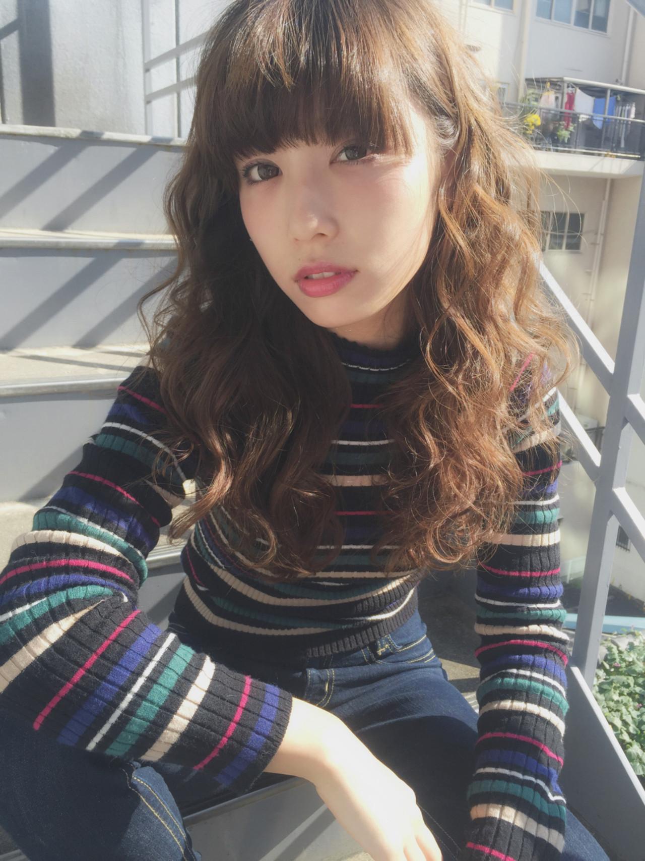外国人風 ローライト 透明感 ハイライト ヘアスタイルや髪型の写真・画像   兼井 遼 / wille