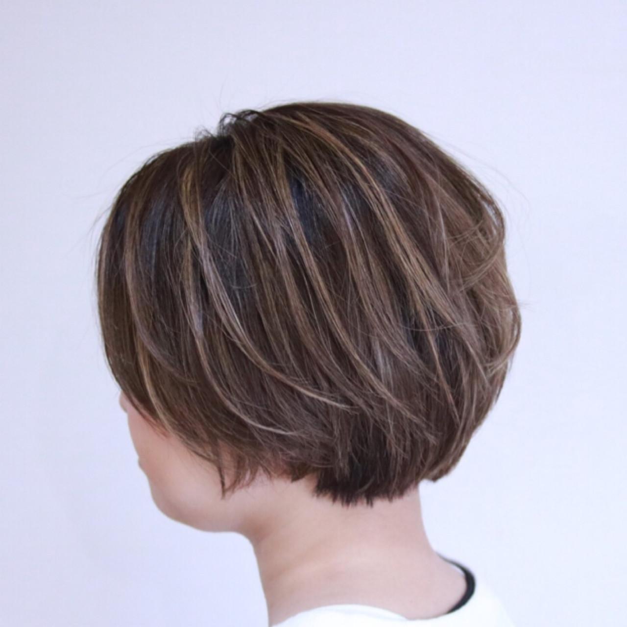 ショート ボブ ショートボブ ナチュラル ヘアスタイルや髪型の写真・画像 | 蝦名貴之 / KINTARO