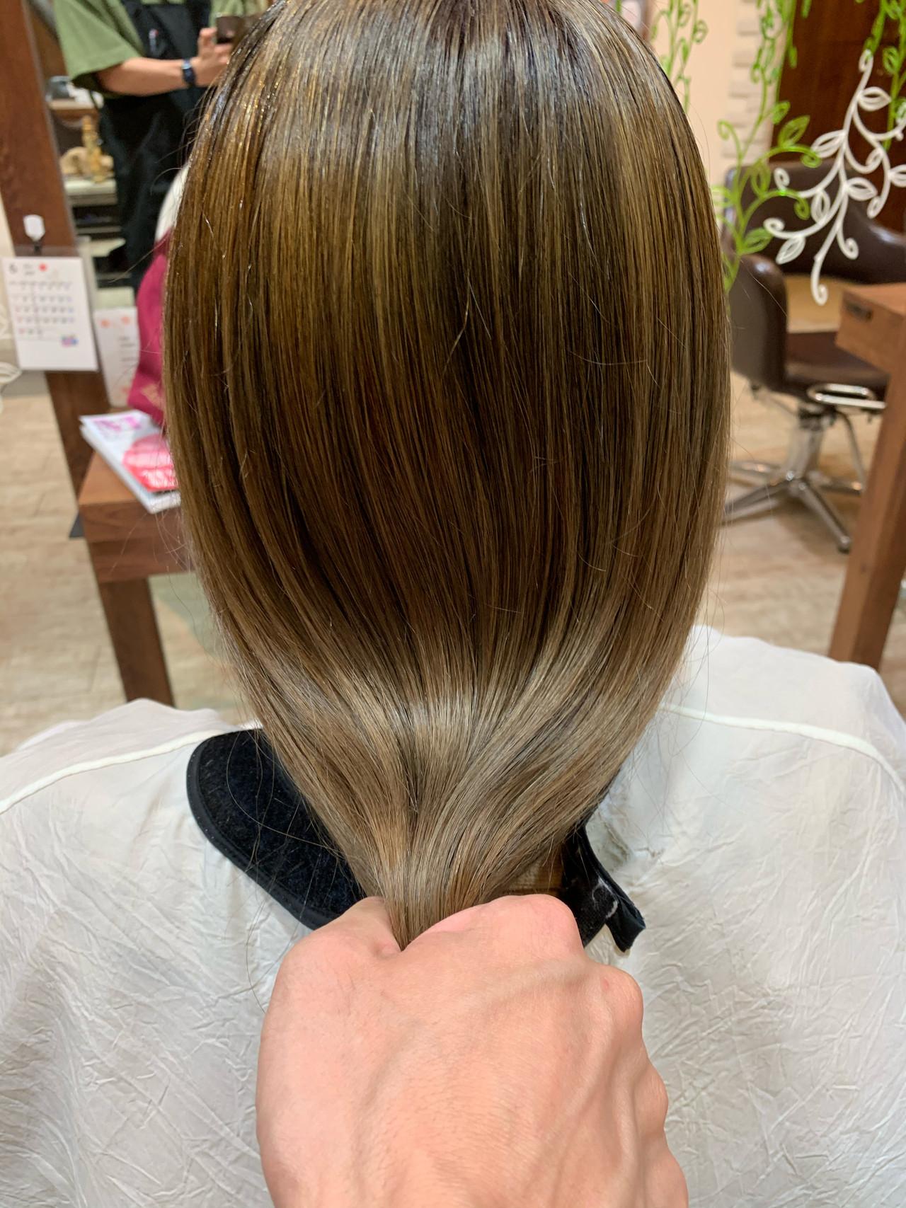 ロング バレイヤージュ 極細ハイライト 外国人風カラー ヘアスタイルや髪型の写真・画像 | 大越 勇嗣 / VISAGE Oak