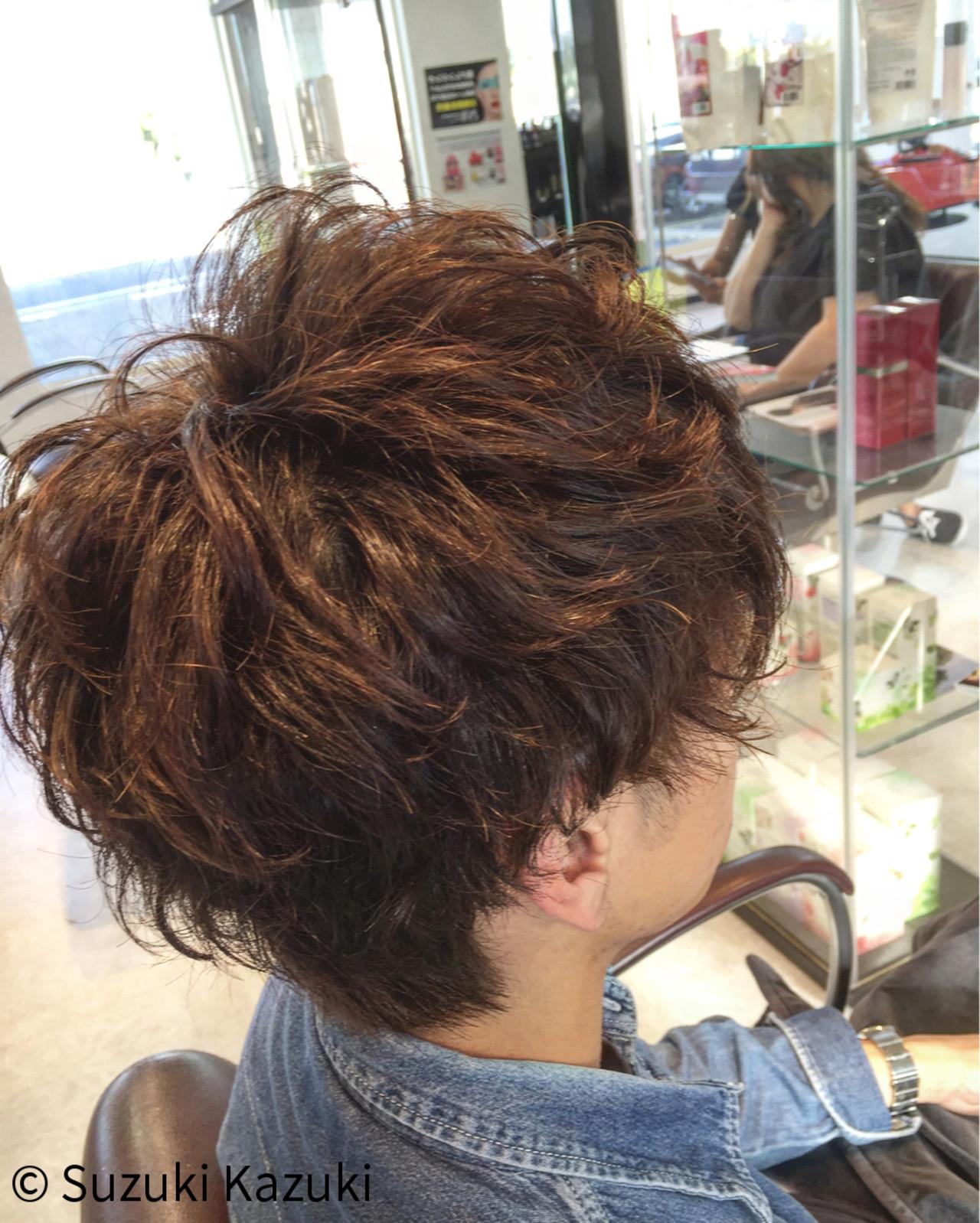 ショート ナチュラル メンズ パーマ ヘアスタイルや髪型の写真・画像 | Suzuki Kazuki / HIRO international