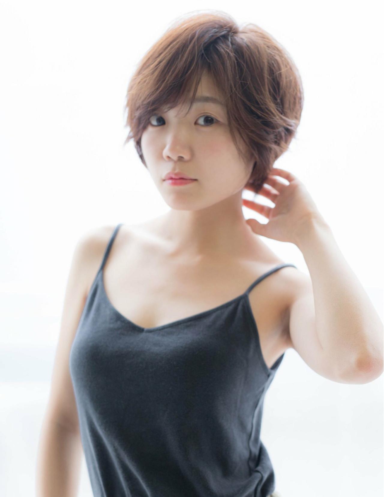 色気 小顔 ショート マッシュ ヘアスタイルや髪型の写真・画像