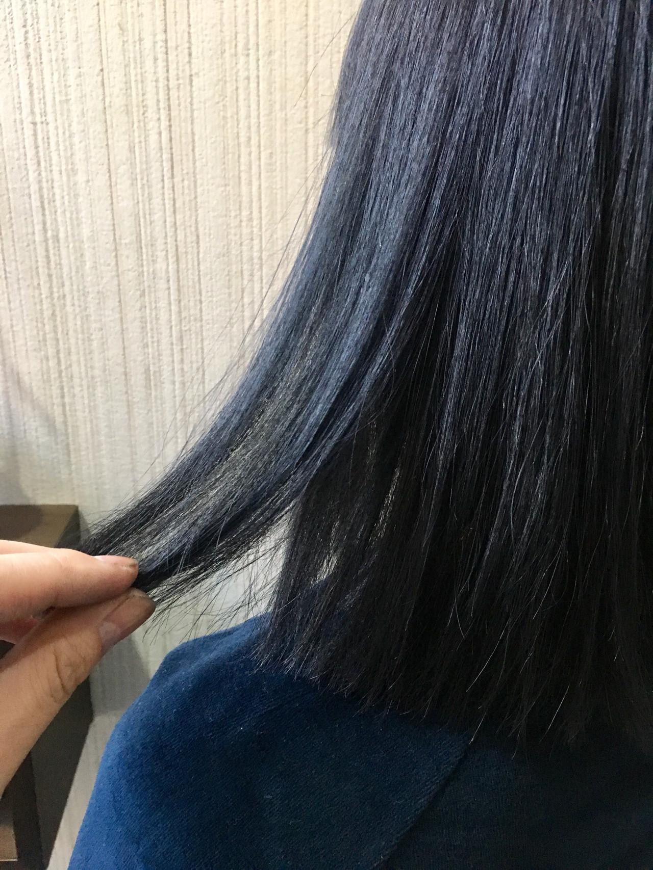 暗髪 インナーカラー ブルージュ グレージュ ヘアスタイルや髪型の写真・画像