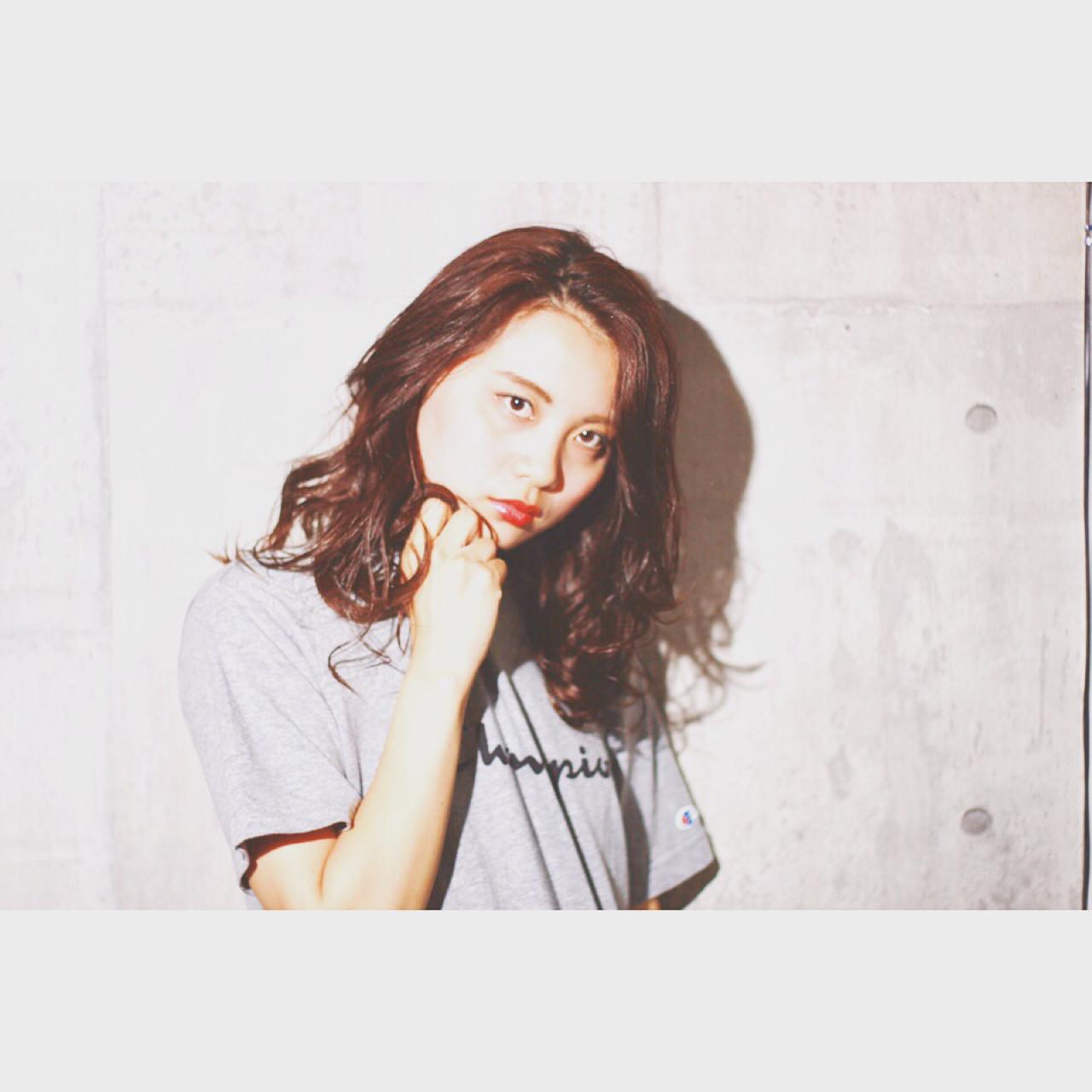 外国人風カラー セミロング アンニュイ 透明感 ヘアスタイルや髪型の写真・画像