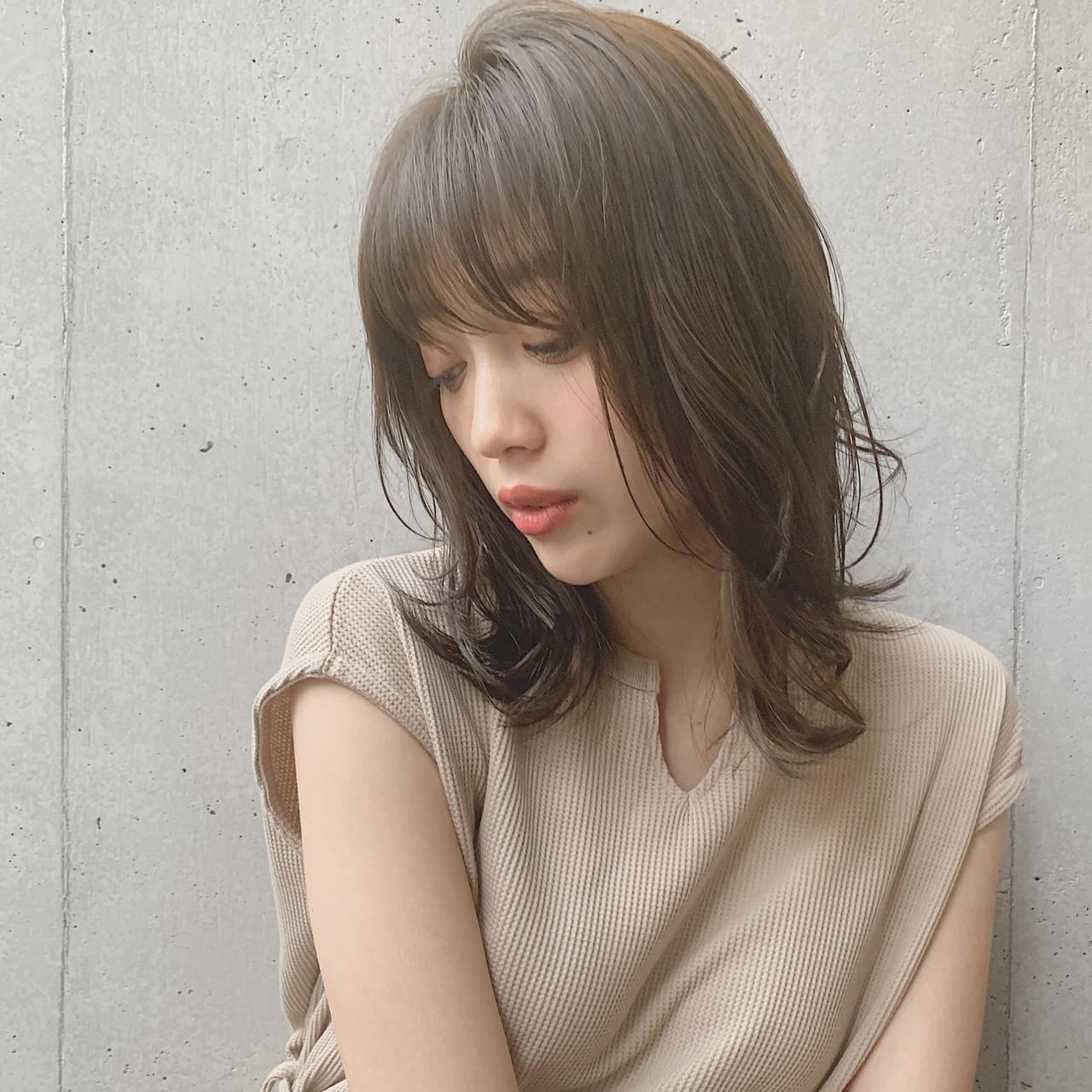 レイヤーカット ミディアム 鎖骨ミディアム ナチュラル ヘアスタイルや髪型の写真・画像 | miu 【Agnos青山】 / Agnos 青山