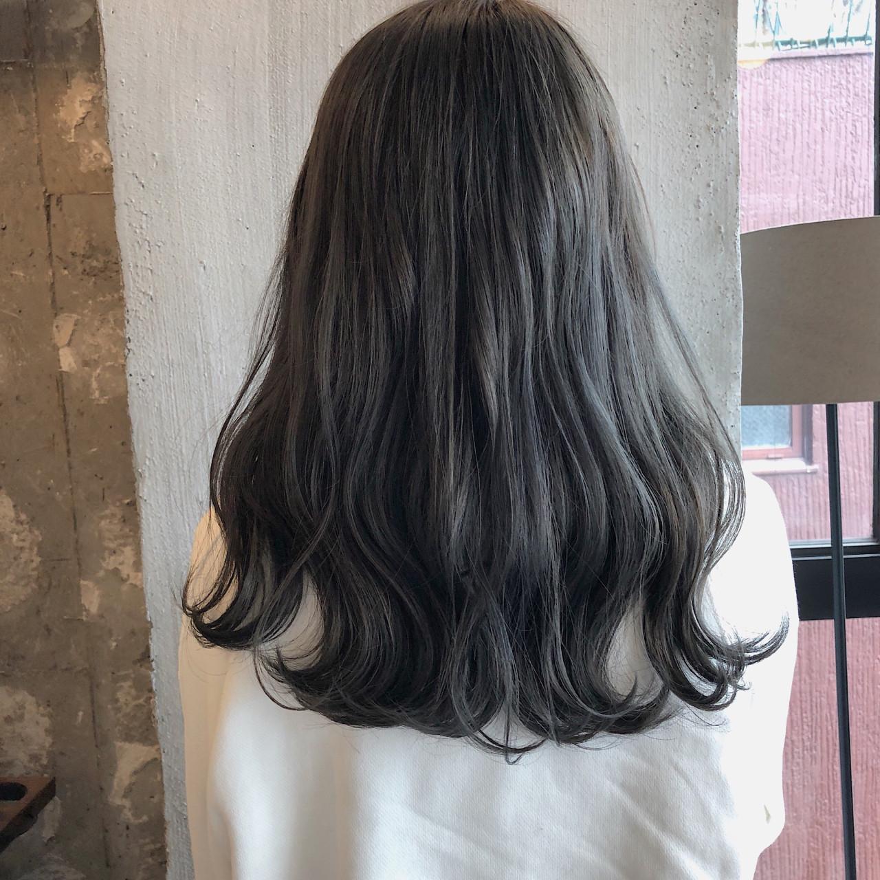 セミロング エフォートレス 結婚式 ナチュラル ヘアスタイルや髪型の写真・画像 | 冨永 真太郎 / 人トナリ