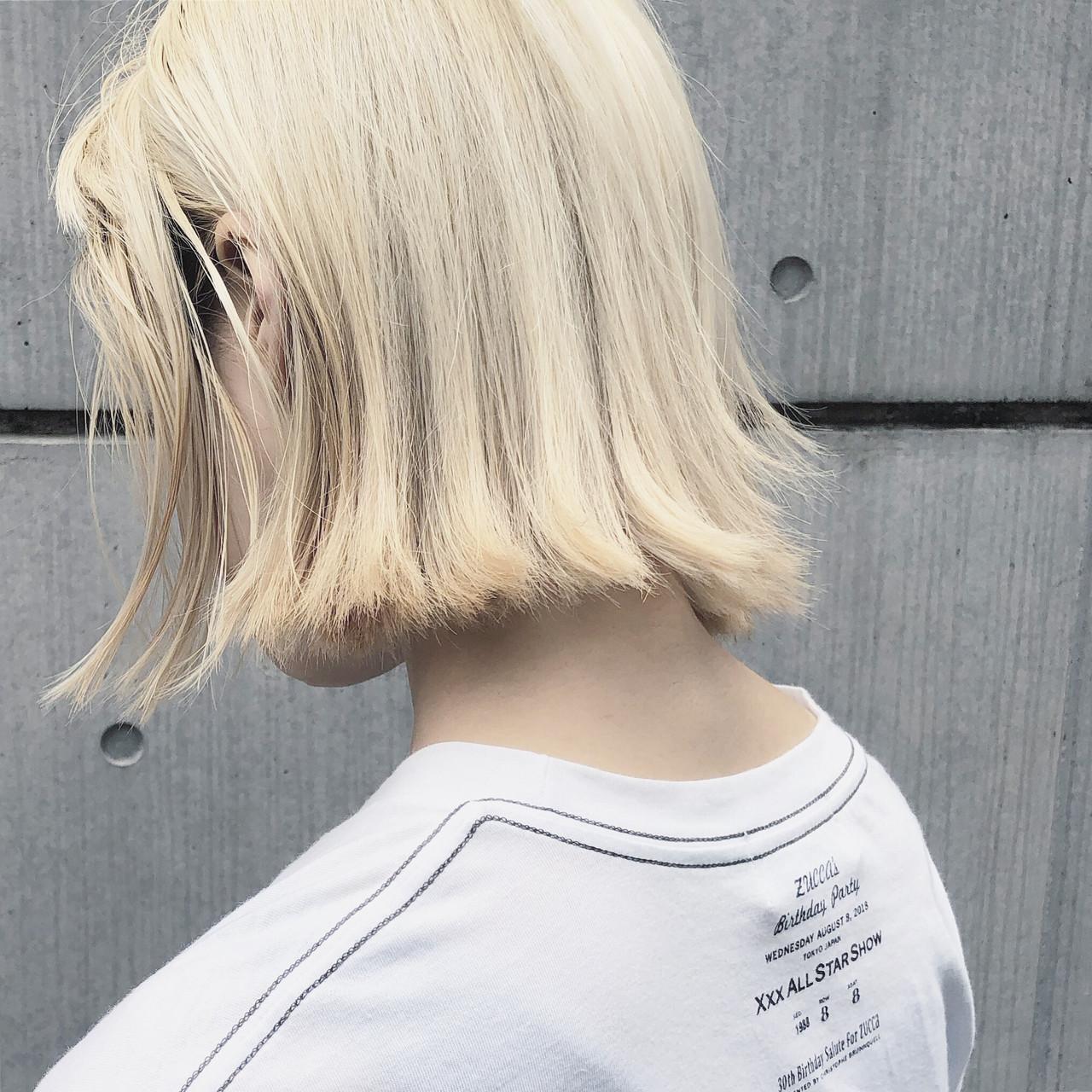 ミニボブ ヘアカラー デート 切りっぱなしボブ ヘアスタイルや髪型の写真・画像 | 篠崎 佑介 / ticro.