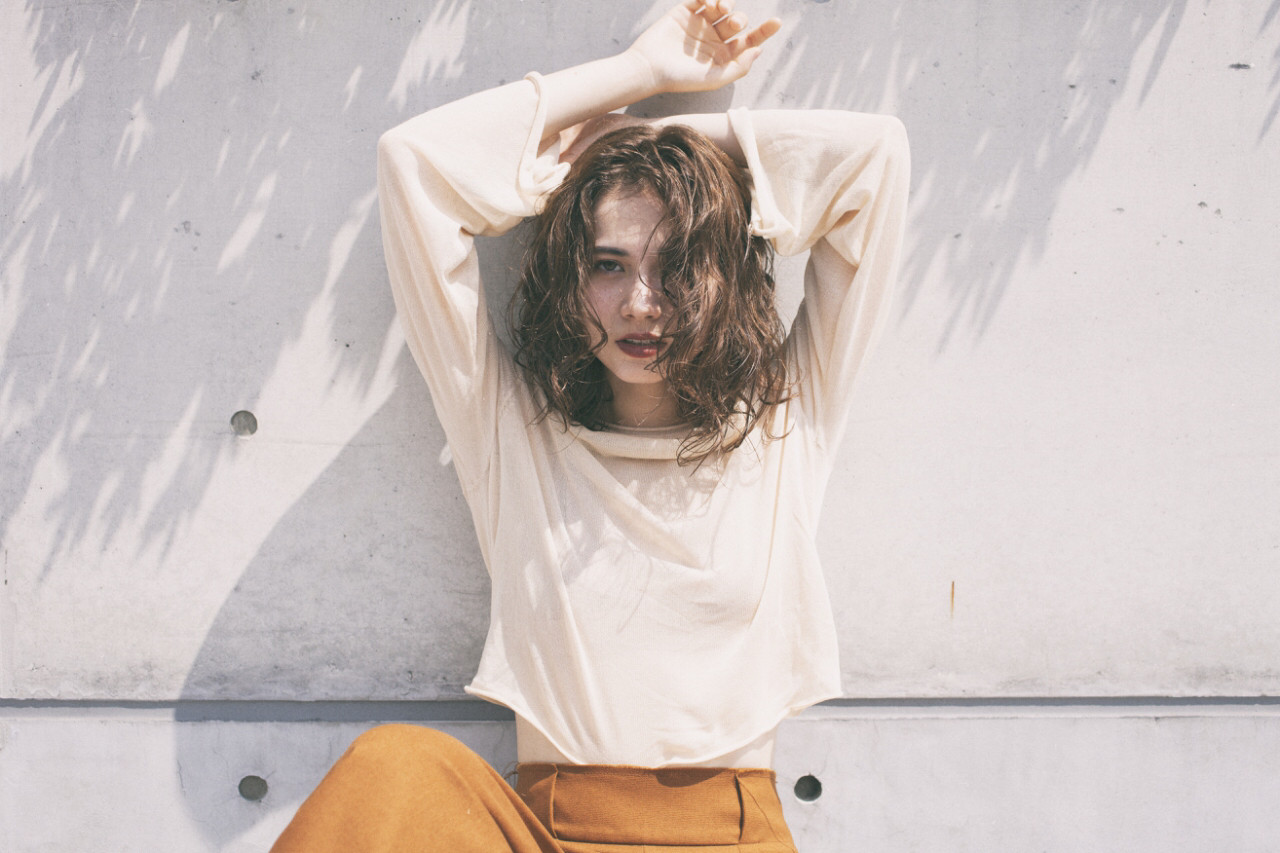 抜け感 グレージュ アッシュ 外国人風 ヘアスタイルや髪型の写真・画像 | 西嶋えり子 / HAIR'S Lunetta