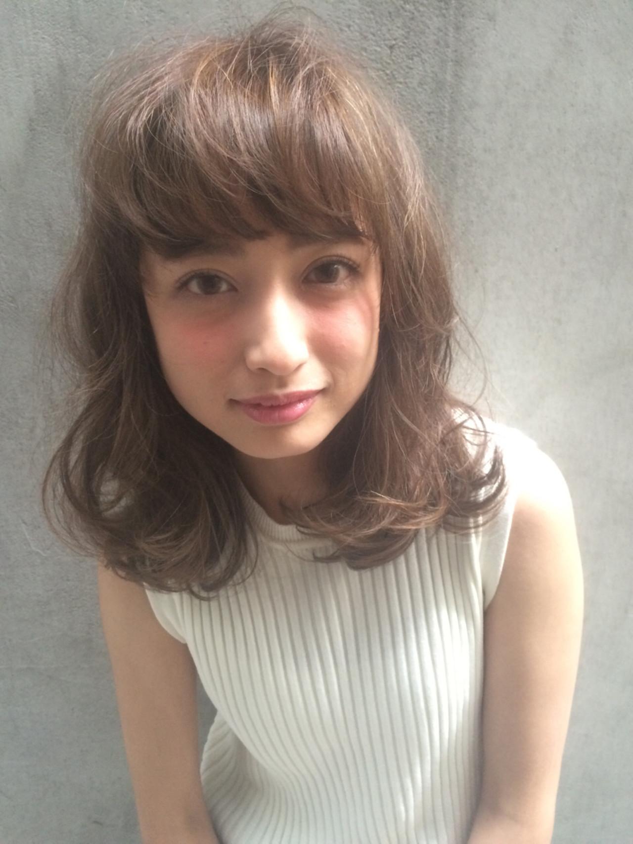 外国人風 アッシュ 小顔 ミディアム ヘアスタイルや髪型の写真・画像   Tierra / 町田雄一 / Tierra harajuku