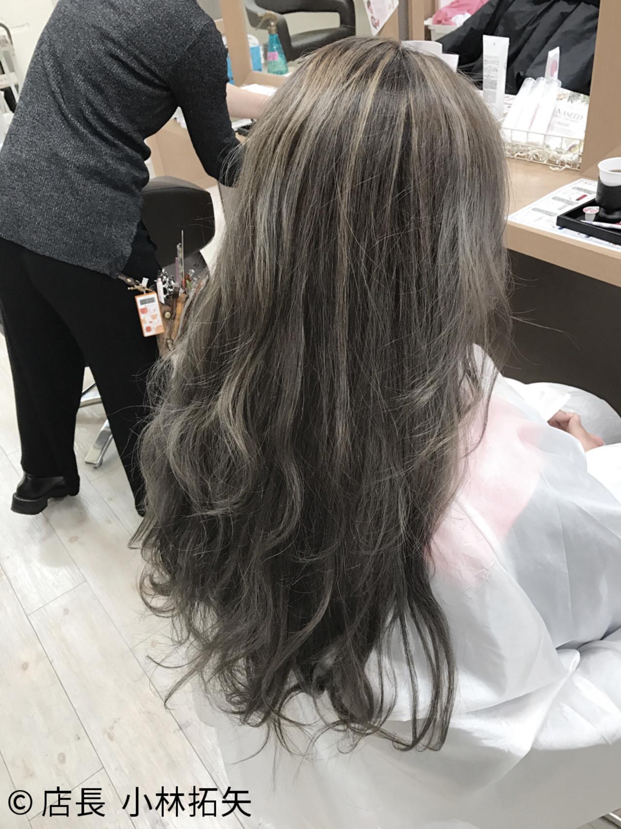 ハイライト 外国人風 ナチュラル ロング ヘアスタイルや髪型の写真・画像