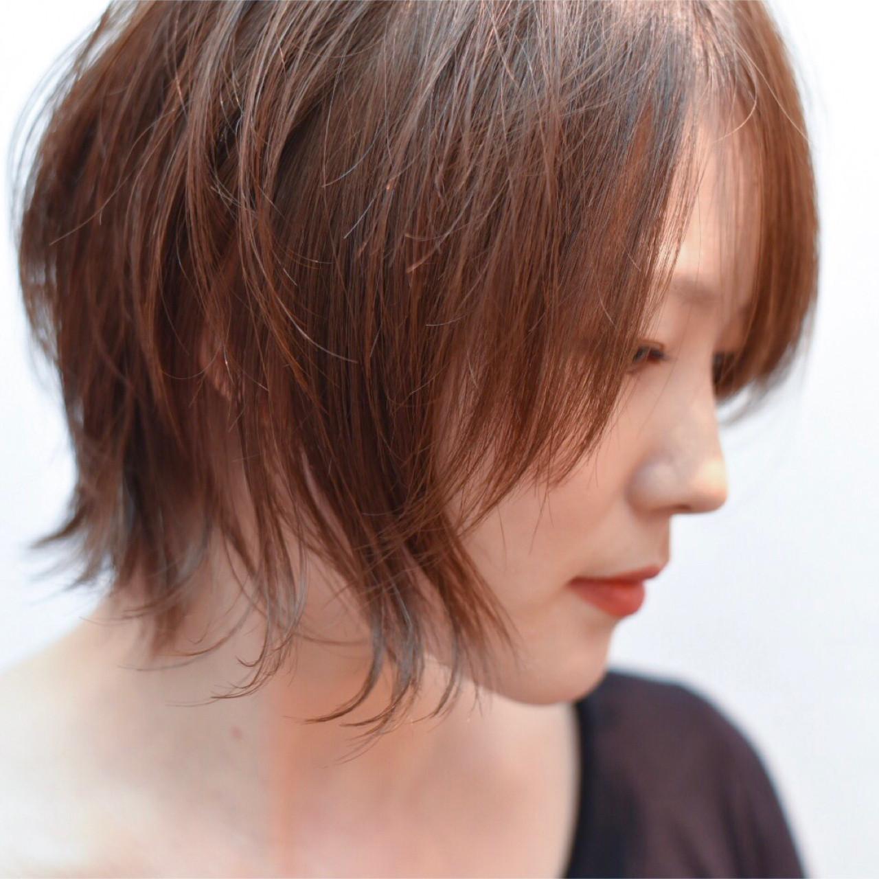 外ハネ ヘアアレンジ ナチュラル グレージュ ヘアスタイルや髪型の写真・画像