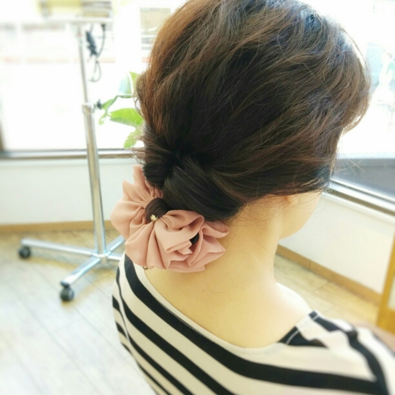 お団子 夏 大人かわいい セミロング ヘアスタイルや髪型の写真・画像