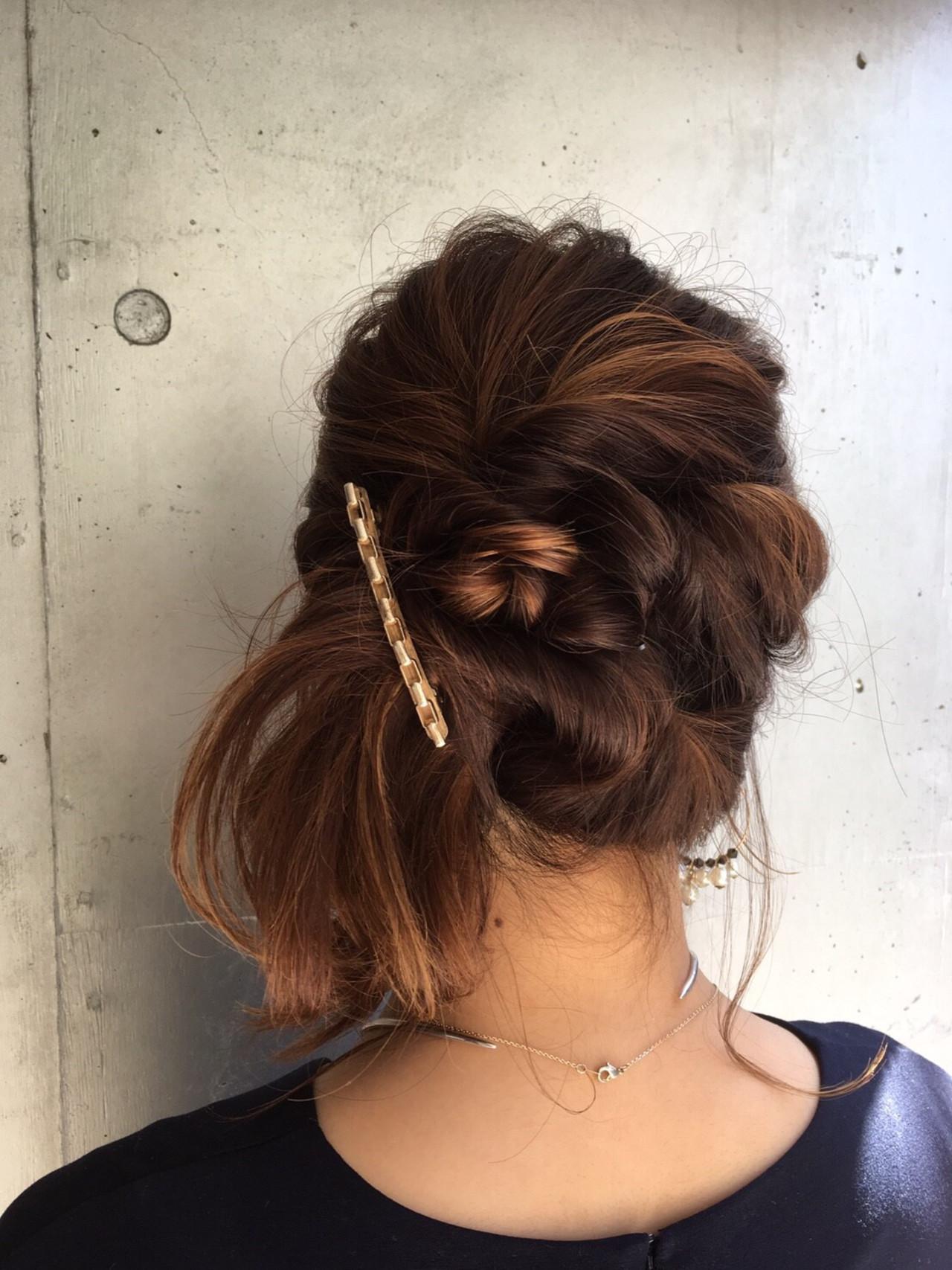 簡単ヘアアレンジ セミロング 成人式 ヘアアレンジ ヘアスタイルや髪型の写真・画像 | 可愛いにはコツがある!ナチュラルizumi / Siena