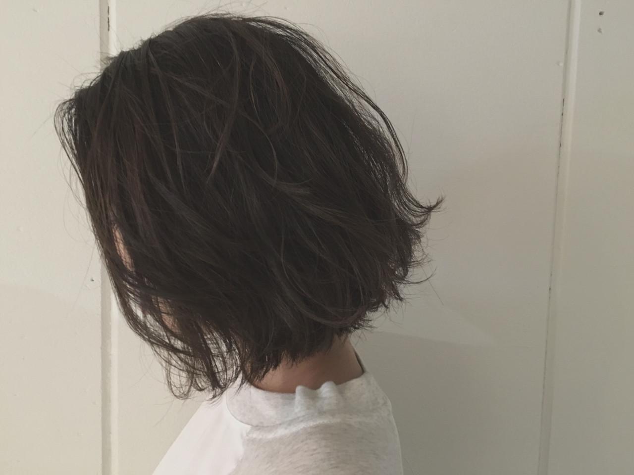 ボブ アッシュ ウェットヘア 前下がり ヘアスタイルや髪型の写真・画像 | 杉谷 将也 / DiLL / DiLL