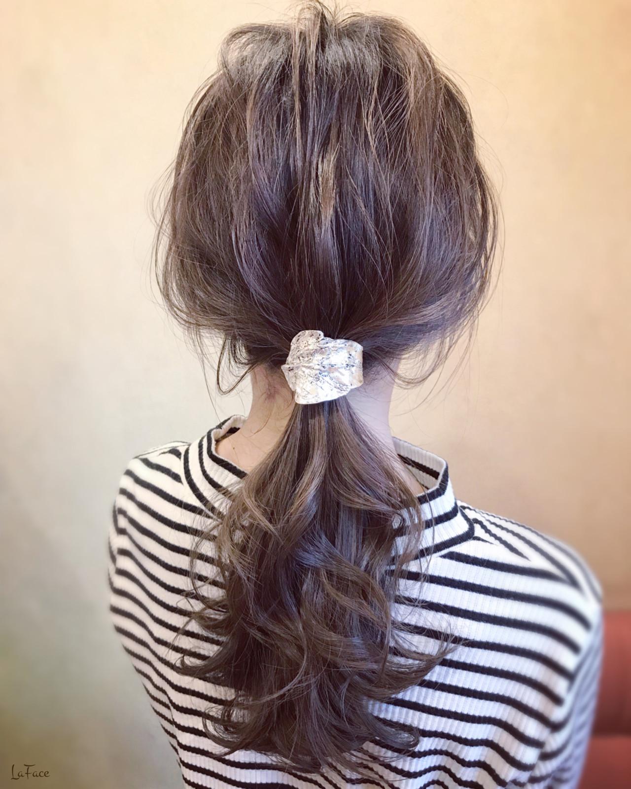 デート フェミニン ロング ヘアアレンジ ヘアスタイルや髪型の写真・画像   青柳 哲郎 / ラフェイス / LaFace / ラフェイス