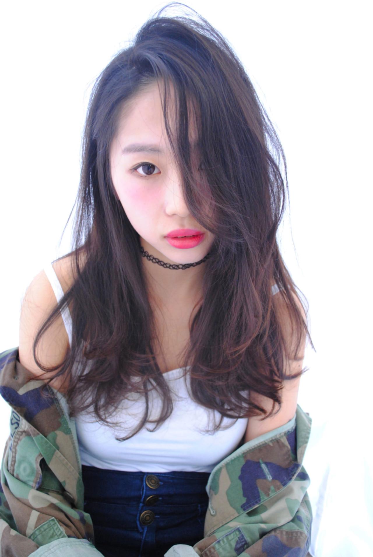 フリンジバング ロング ストリート 大人女子 ヘアスタイルや髪型の写真・画像   野中 由貴 / owlhair