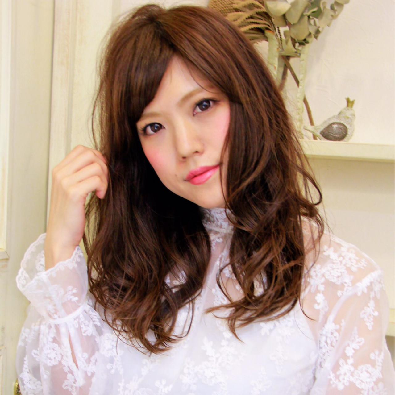 アンニュイ 斜め前髪 大人かわいい セミロング ヘアスタイルや髪型の写真・画像