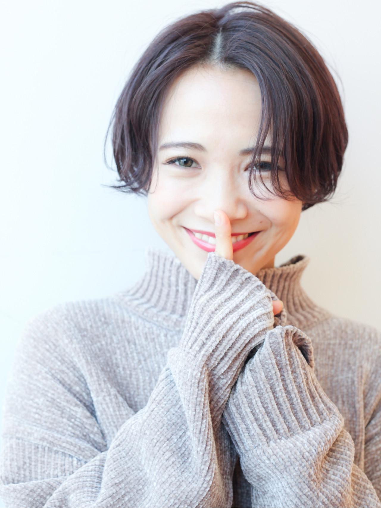 アンニュイほつれヘア ハンサムショート 横顔美人 ショート ヘアスタイルや髪型の写真・画像   HIROKI / roijir / roijir