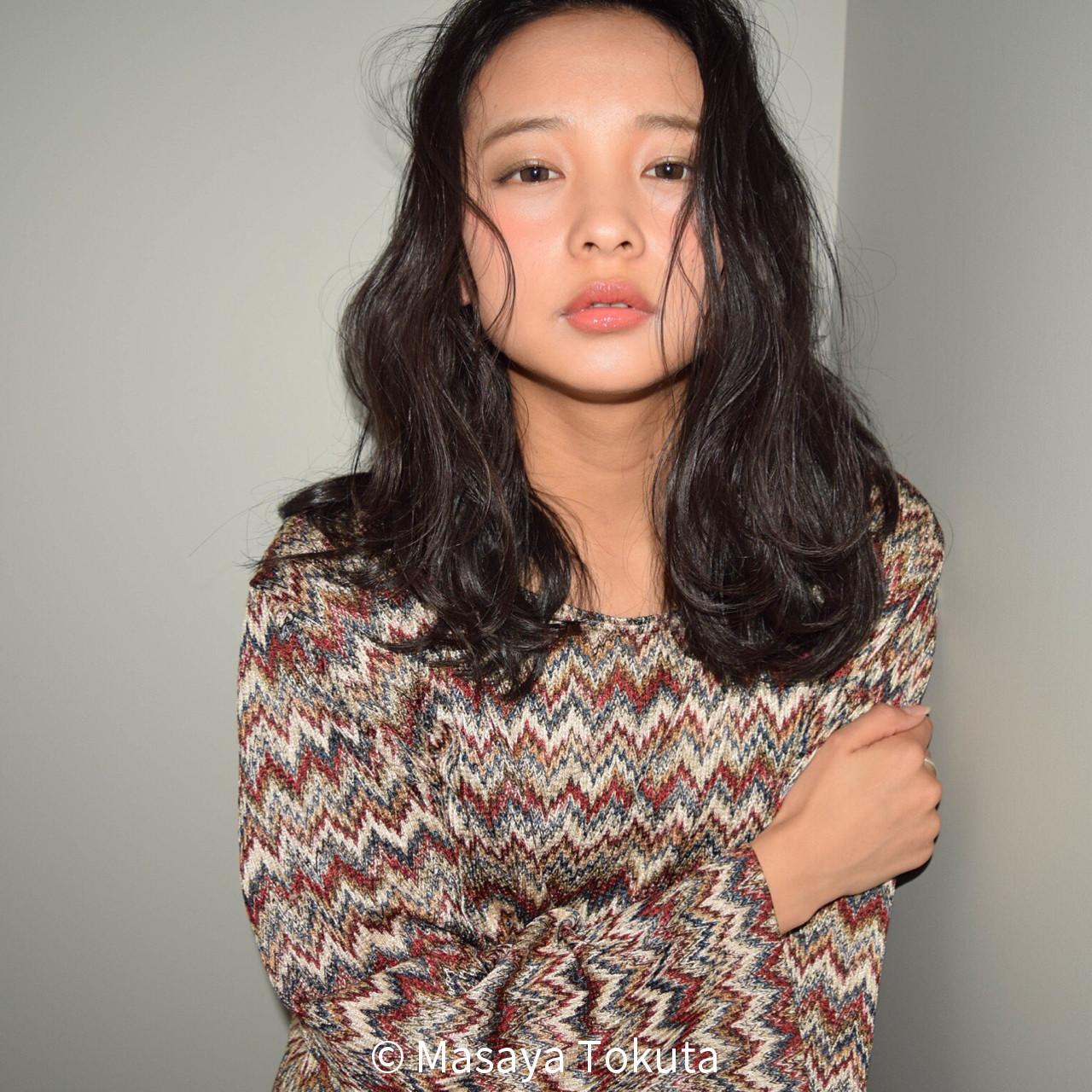 外国人風 暗髪 色気 かわいい ヘアスタイルや髪型の写真・画像