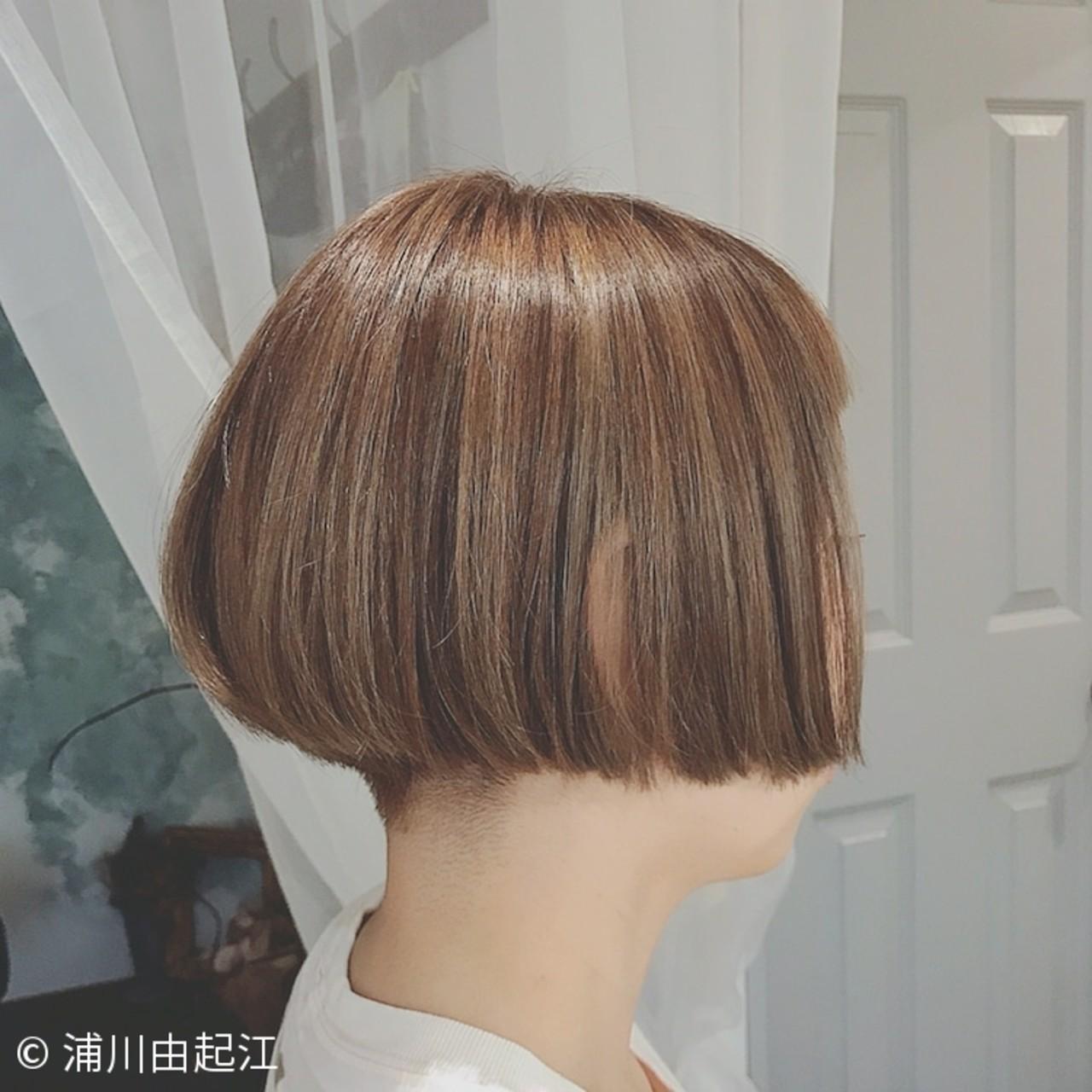 モード ボブ インナーカラー ハイライト ヘアスタイルや髪型の写真・画像