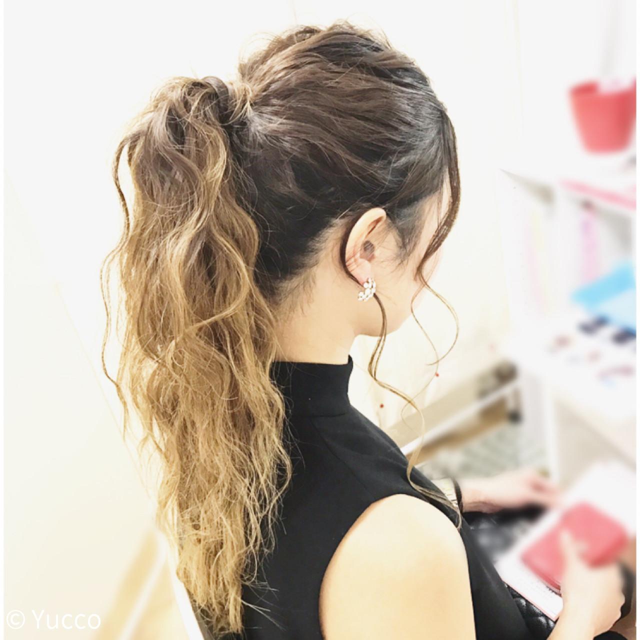 ヘアアレンジ ウェーブ ナチュラル デート ヘアスタイルや髪型の写真・画像
