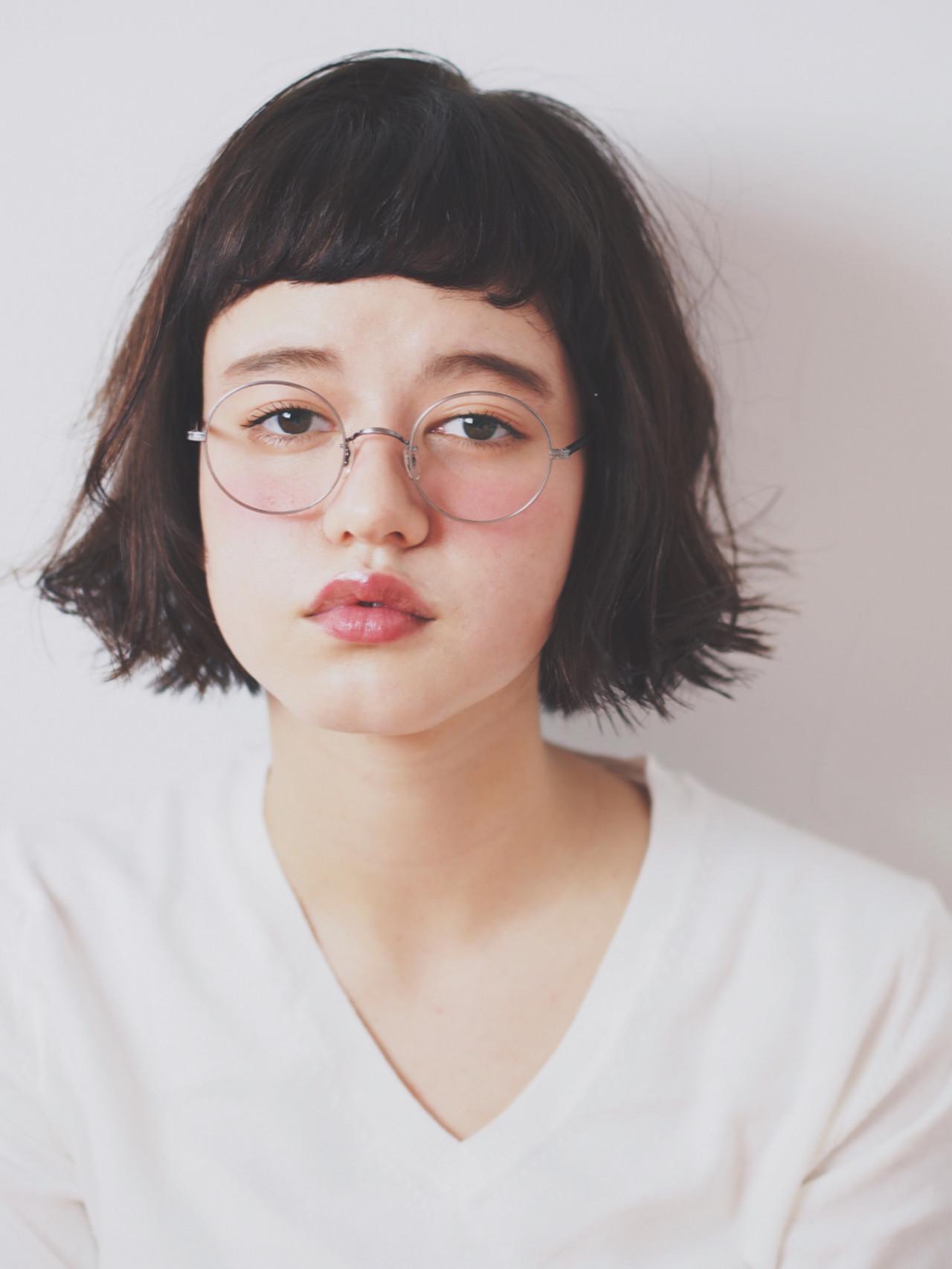前髪あり パーマ 外国人風 アッシュ ヘアスタイルや髪型の写真・画像