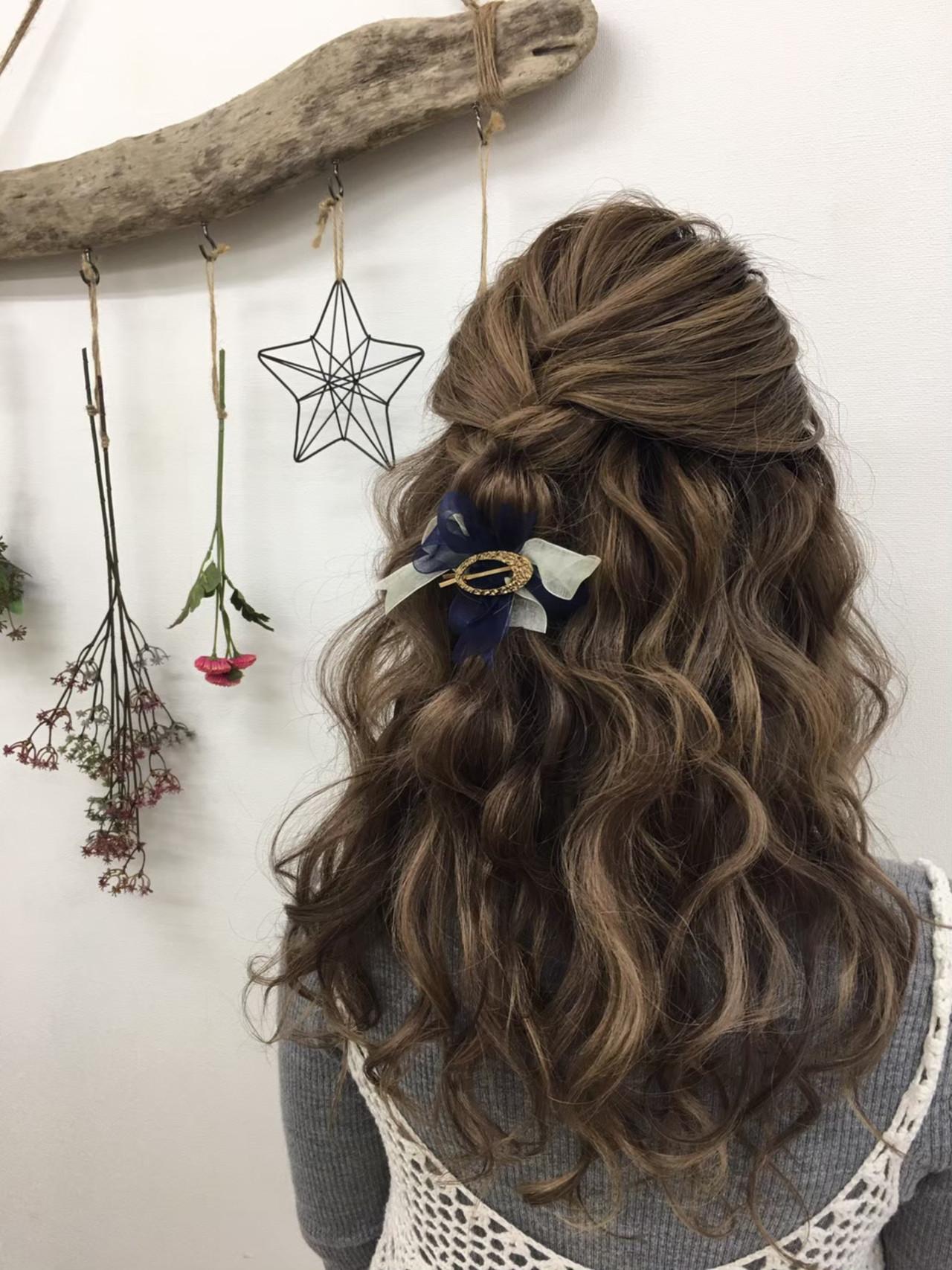 ヘアアレンジ エクステ ナチュラル お呼ばれ ヘアスタイルや髪型の写真・画像   ヘアメイクスタジオ♡e'clat / ヘアメイクスタジオ♡e'clat