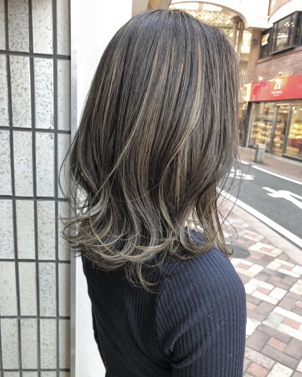 ナチュラル ブルージュ ミディアム 外国人風カラー ヘアスタイルや髪型の写真・画像