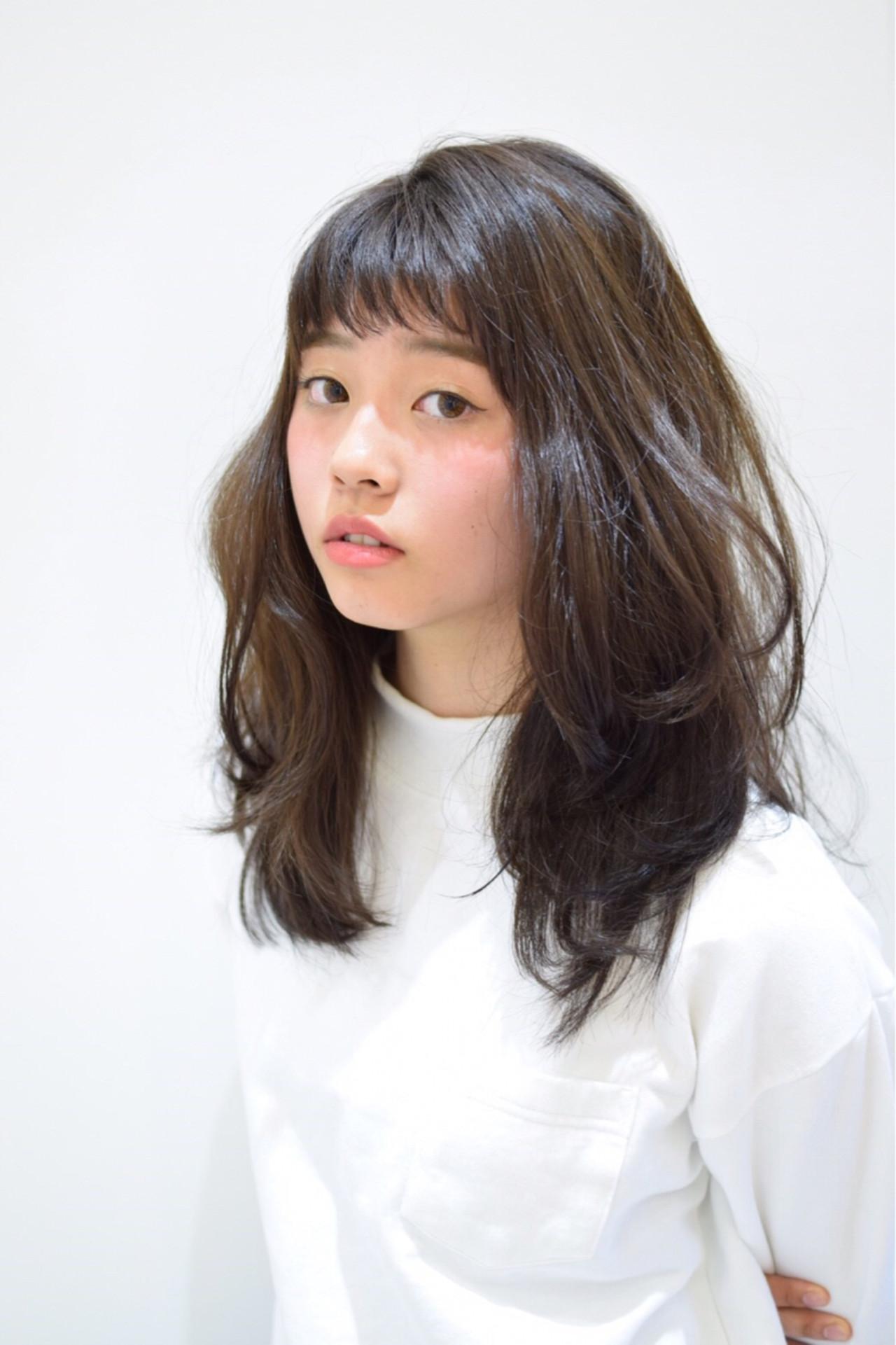 暗髪 オン眉 セミロング ストリート ヘアスタイルや髪型の写真・画像   フジワラマナミ /
