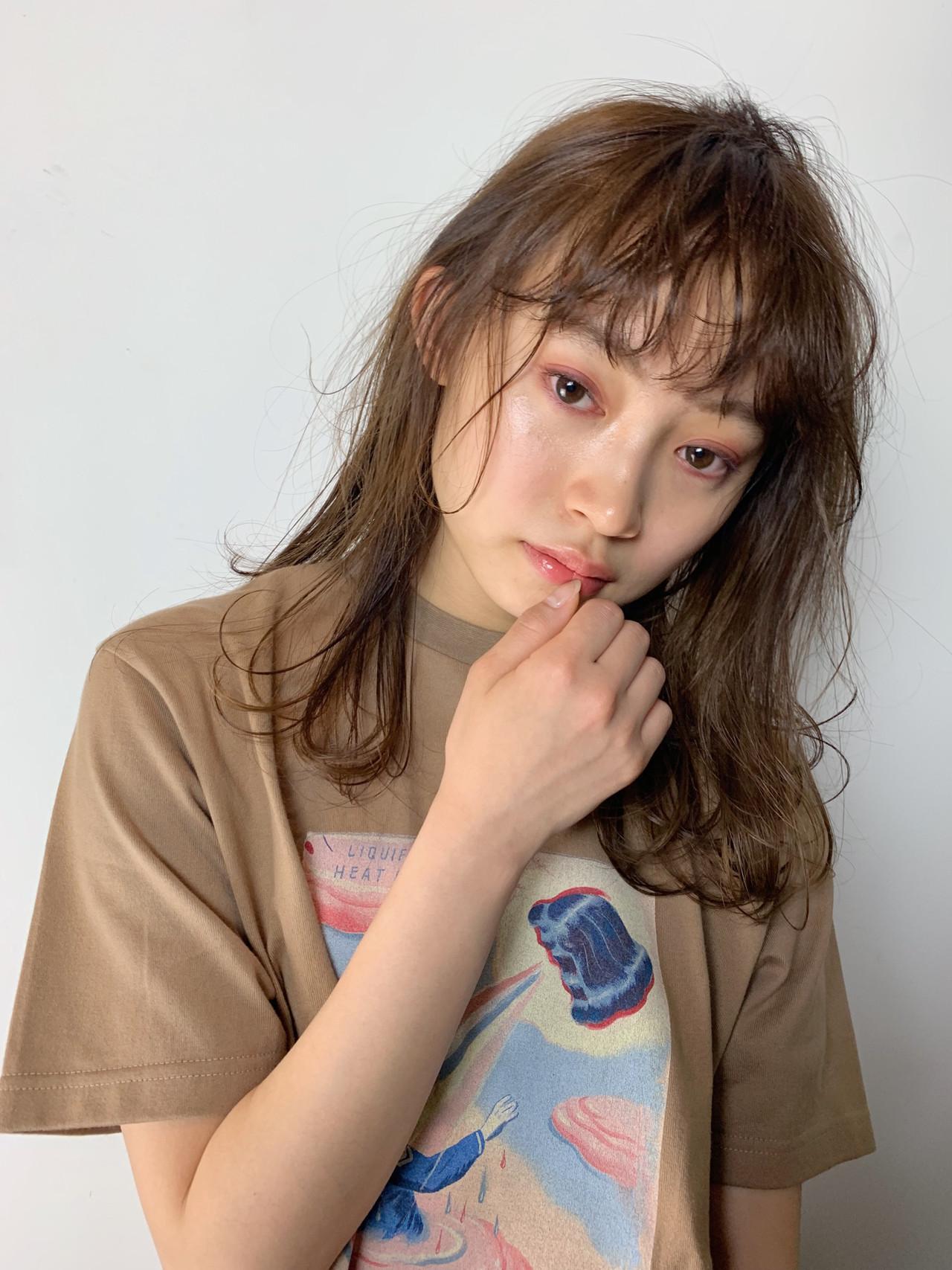 デート ミディアム 簡単ヘアアレンジ パーマ ヘアスタイルや髪型の写真・画像 | 井上 彩 / Luxe